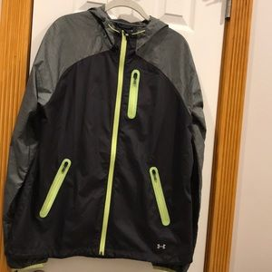 Like new under Armour rain coat